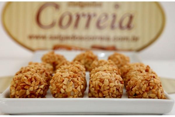 Baianinha (Amendoim com coco) 25un